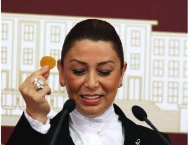 Kayısı Dosyası Başbakan Erdoğan'a Sunuldu